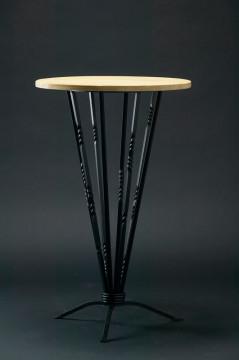個人住宅 テーブル